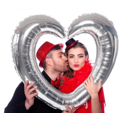 cuore gonfiabile argentato per matrimonio