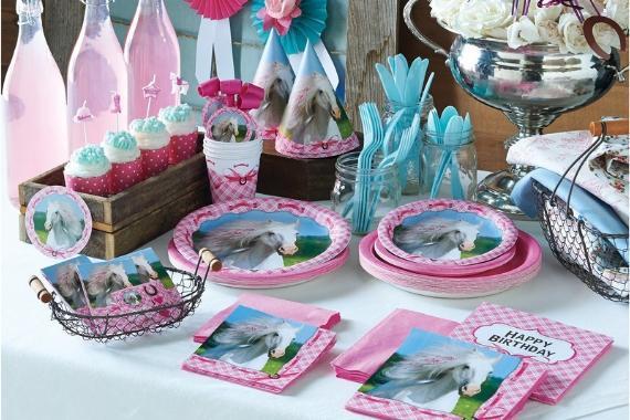 tavola imbandita festa tema cavalli
