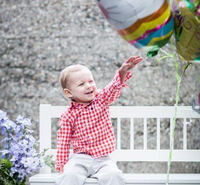 bambino palloncini in foil